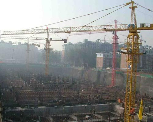 construction crane tower