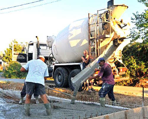 find a concrete transport truck machine